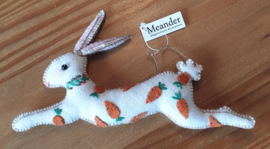 Bunny with carrots (White)