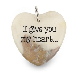 I give ... - Marmeren Gelukshart