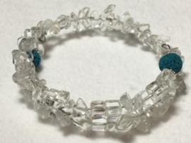Bergkristal met blauwe lava kralen