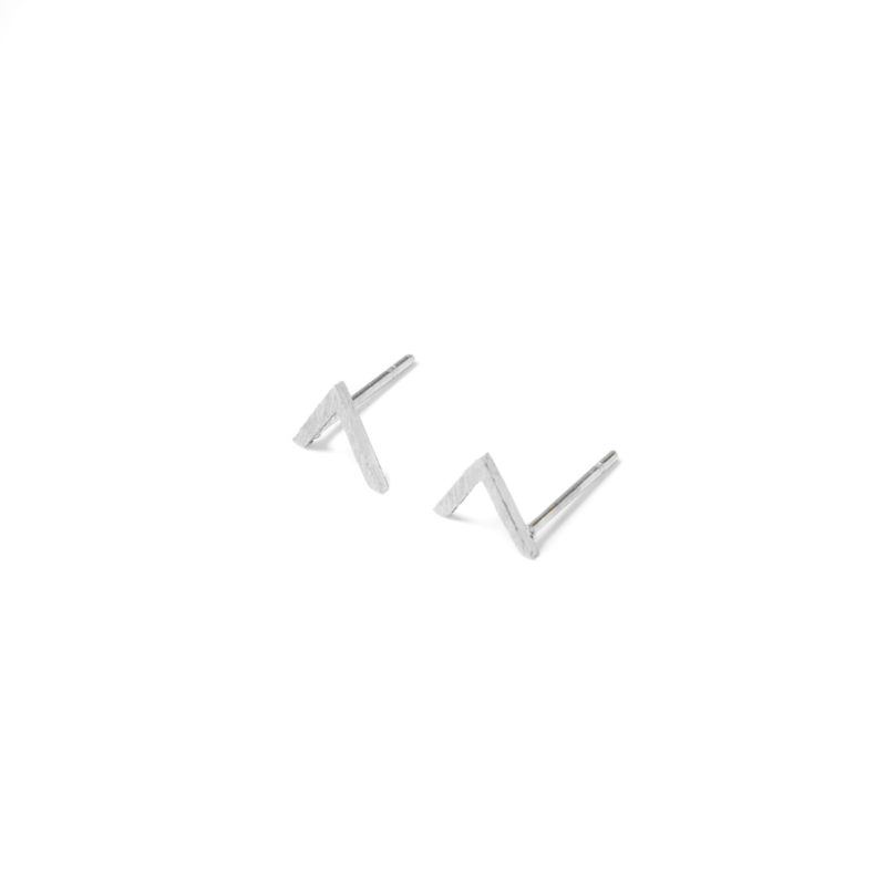 V shape oorstuds - zilver
