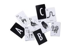 Wee Gallery | Alfabetkaarten | 26 stuks