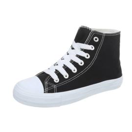 Hoge zwarte canvas sneakers