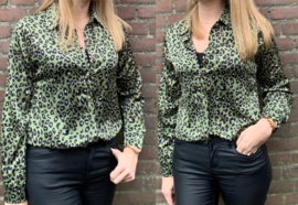 Prachtige groene leopard blousePrachtige groene leopard blouse