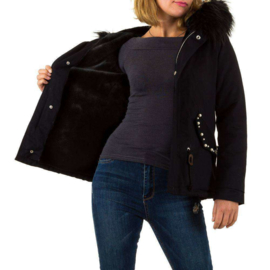 Zwarte, stijlvolle winterjas