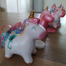 Glitter & Glamour Unicorns
