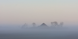 Texel Boerderij in mist
