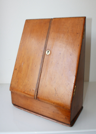 Antiek Engels brievenkastje