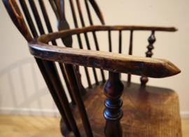 Antieke Engelse Windsor armstoel
