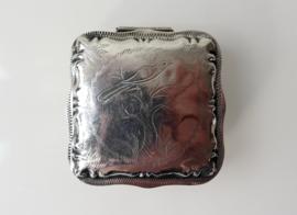 Zilveren pepermuntdoosje, tandendoosje 1858