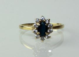 Klassieke gouden ring met saffier en briljant