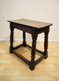 Antiek Engels krukje, jointstool