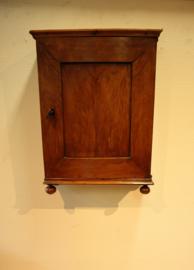Antiek miniatuurkastje,18 eeuw