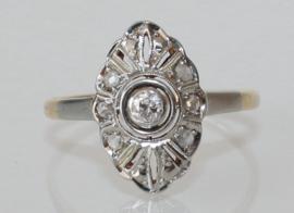 Art Deco gouden ring met oudslijpsel diamant en roosdiamanten ca. 1910