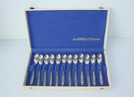 Set van 12 Art Deco zilveren lepels