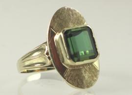 Vintage gouden ring met groene toermalijn, jaren '60