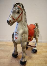 Vintage metalen speelgoed paard MoBo Bronco