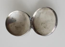 Antiek Nederlands zilveren pillendoosje 1822