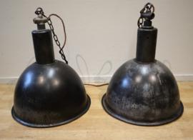 Set vintage metalen fabriekslampen