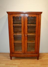 Antiek Biedermeier boekenkastje