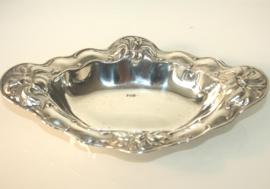 Art Nouveau zilveren presenteerschaaltje, ca 1900