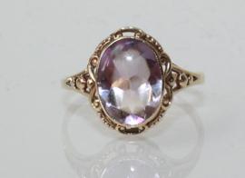 Antieke 14 karaat gouden ring met amethist