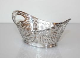 Antiek zilveren bonbonmandje, 1931