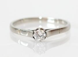 Vintage 14 kt witgouden solitairring met briljant geslepen diamant