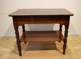 Antiek mahonie tafeltje