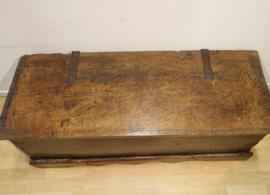 Antieke Spaanse kist