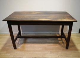 Antieke Engelse tafel 18e eeuw