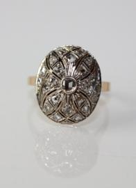 Antieke ring Art Deco 18 karaat goud met roosdiamanten