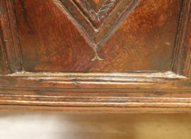 Antieke Engelse kist 17e eeuw