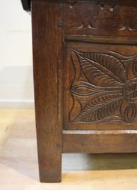 Antieke Engelse kist