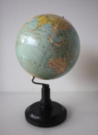 Vintage Nederlandse globe