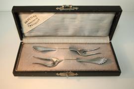 Set antieke zilveren vleesvorkjes in cassette