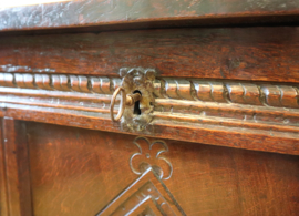 Antieke Engelse kist ca 1700