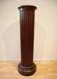Antieke piedestal, zuil