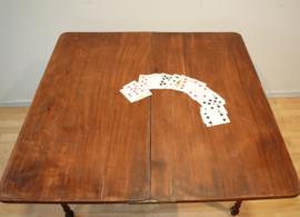 Antieke kaarttafel, bridgetafel
