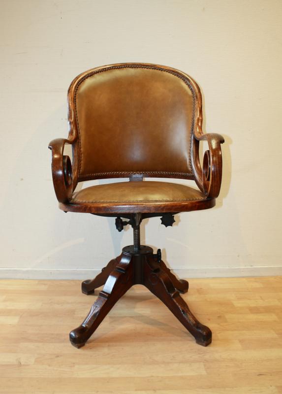 Draaibare Antieke Bureaustoel.Antieke Engelse Burostoel Antique Desk Chair Gilsantiek