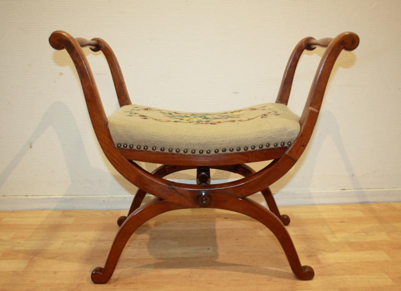 Super Een Greep Uit Onze Reeds Verkochte Meubelen Van Gils Antiek Squirreltailoven Fun Painted Chair Ideas Images Squirreltailovenorg