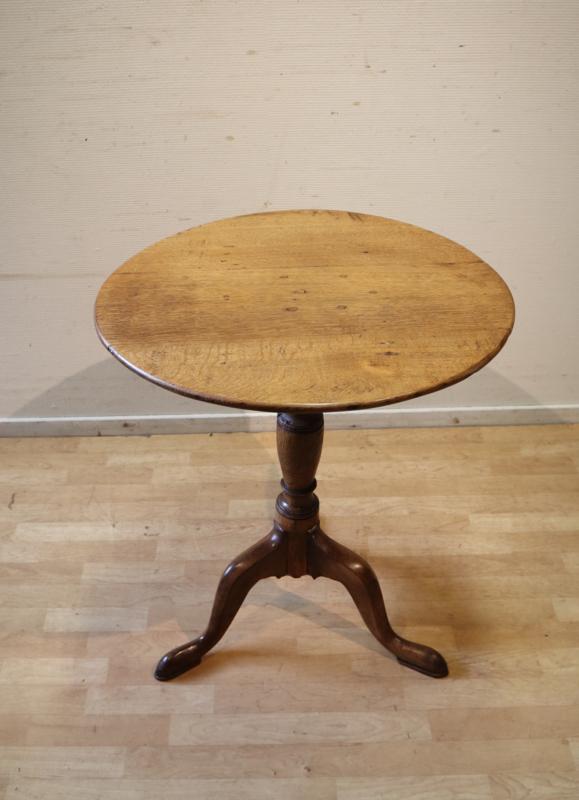 Antiek Engels tafeltje