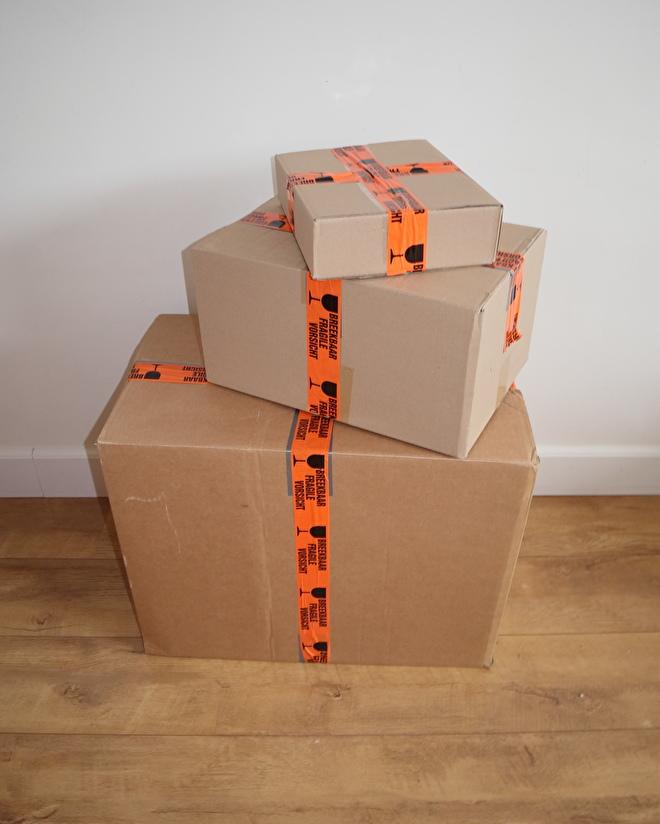 Foto-pakketten-verzenden-Van-Gils-Antiek