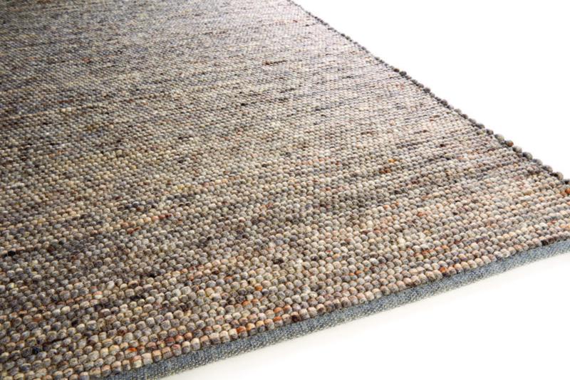 Brinker Carpets - Cliff (812)