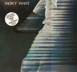 Snowy White – White Flames