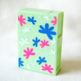Sigarettendoosje dispenser box groen, met roze, witte en blauwe bloemen - D11786