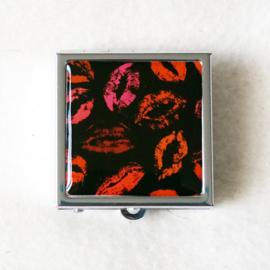 Pillendoosje lippen - D12545