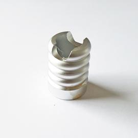 Sigarettendover rond met ribbels zilverkleur - D13251