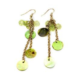 Oorbellen groen met schelpen en kraaltjes - S10397