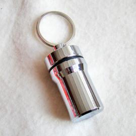 Pillendoosje sleutelhanger - D10424