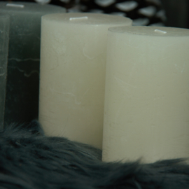 Kaars 7x10cm Off White